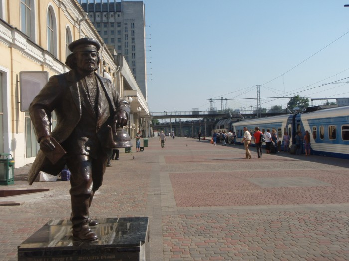 Памятник отцу Федору