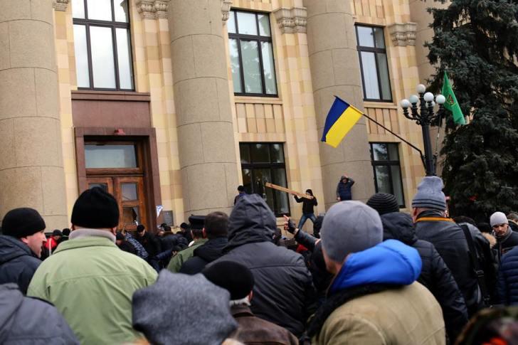 Штурм Харьков 1 марта 2014