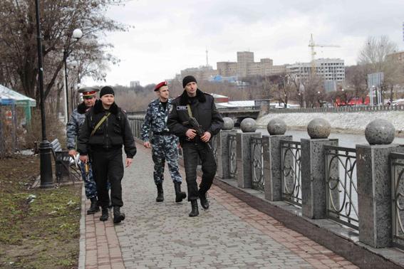 милиция и казаки