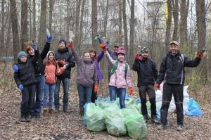 Уборка Алексеевского леса идет полным ходом