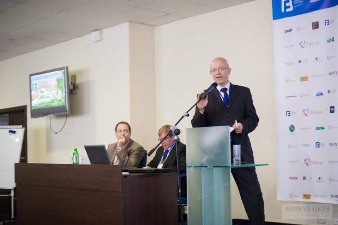 Богдан Адамович (Progress Holding)