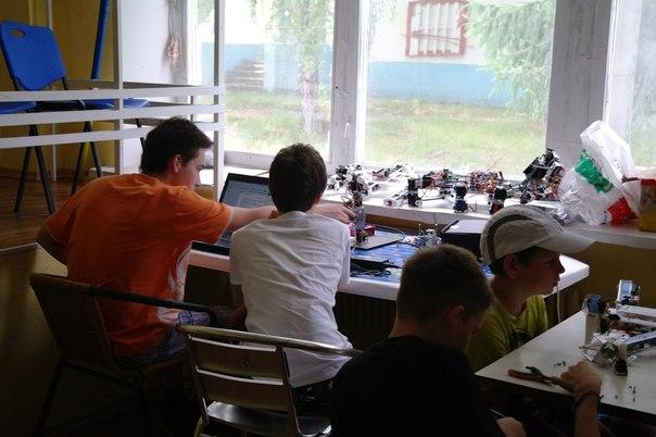 юные робототехники-03