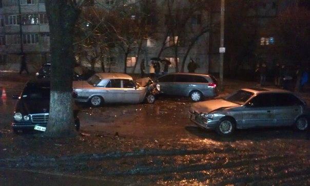 Из-за пьяного водителя пострадали 4 автомобиля