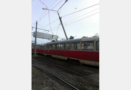 трамвай-столб