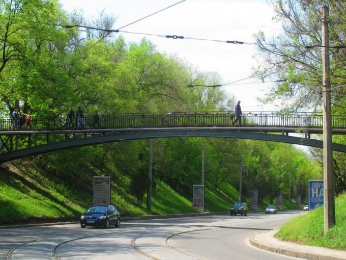 Мост на спуске Пассионарии, Харьков