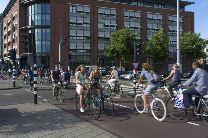 Столица велодвижения - Амстердам.