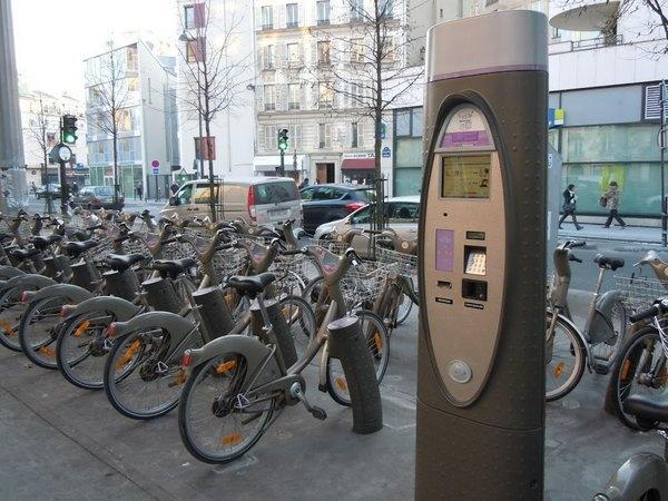 Велопрокат в Париже.