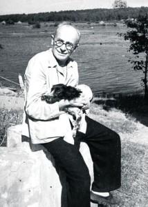 Остап Вишня со своим псом Гаем