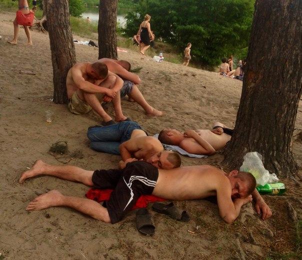 Журавлевка - пасаны на отдыхе. Фото: Андрей Поляков.