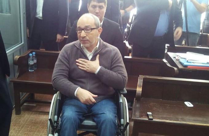 Геннадий Кернес на сегодняшнем заседании суда в Полтаве. Фото: Яна Пругло.
