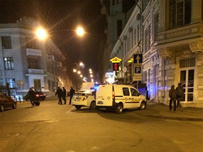 """Фото, которое сняли """"очевидцы"""" с места происшествия, в сотне метров от ресторана. Фото из соцсети."""
