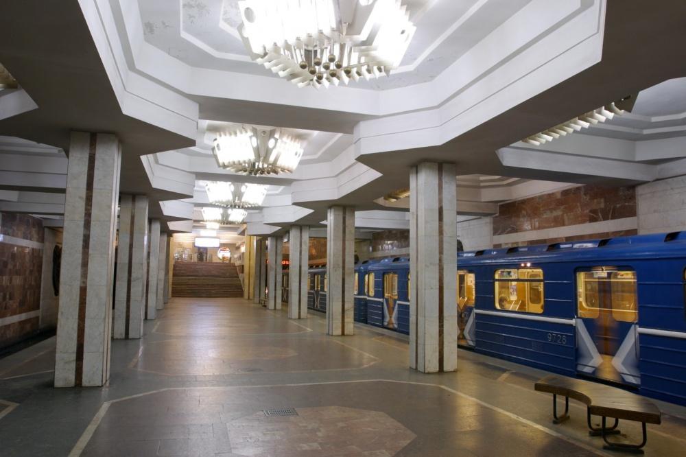 требуют признать харьков метро ст державинская фото станции невероятно