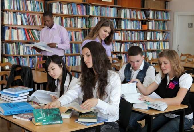 Центральная научная библиотека ХНУ имени В.Н.Казазина. Фото: r.vgorode.ua