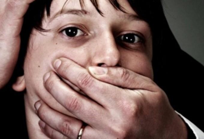 На Харьковщине педофил на детской площадке украл ученика 4 класса
