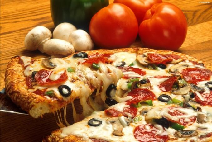 41155_pieczarki-pizza-pomidory