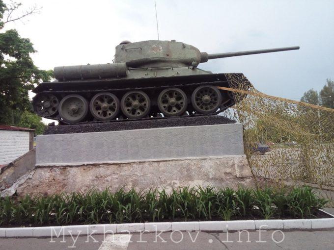 слава гвардейцам-танкистам