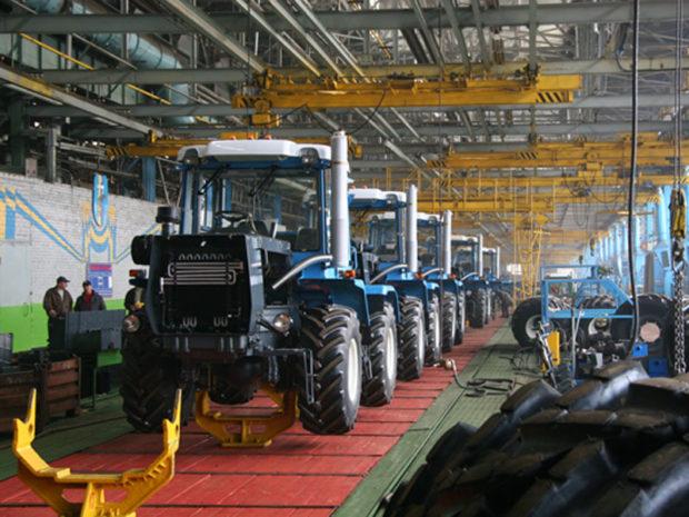 Гендиректора «Харьковского тракторного завода» объявили врозыск