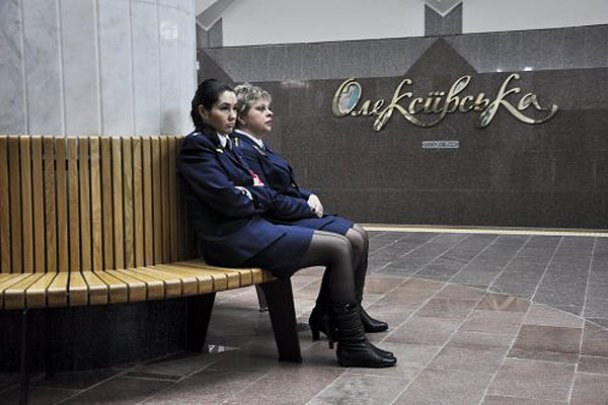скамейки на алексеевской