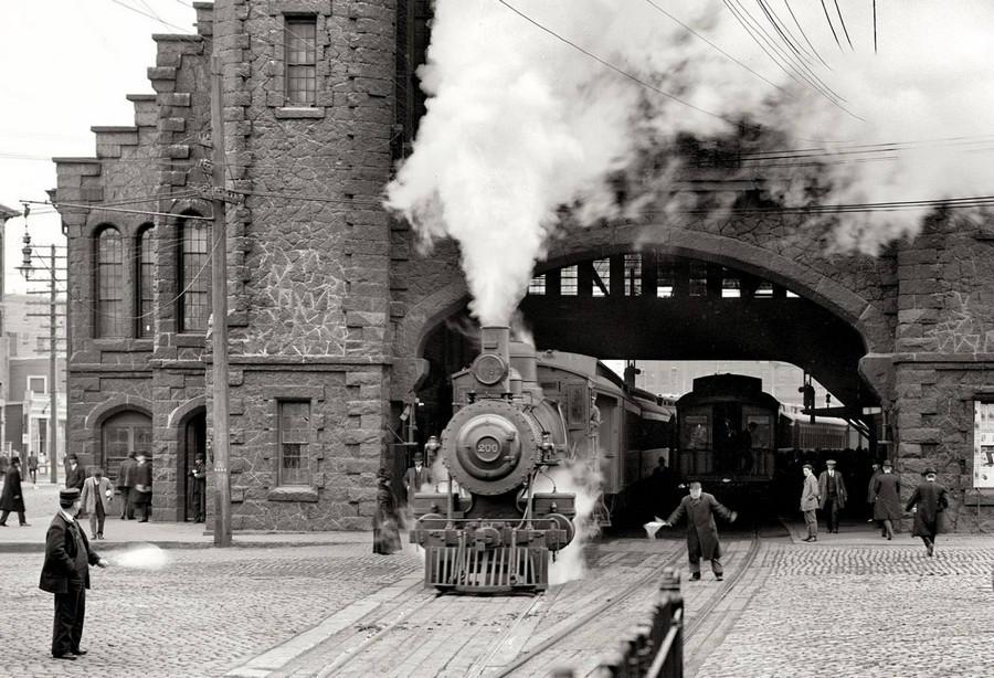 таинственный поезд