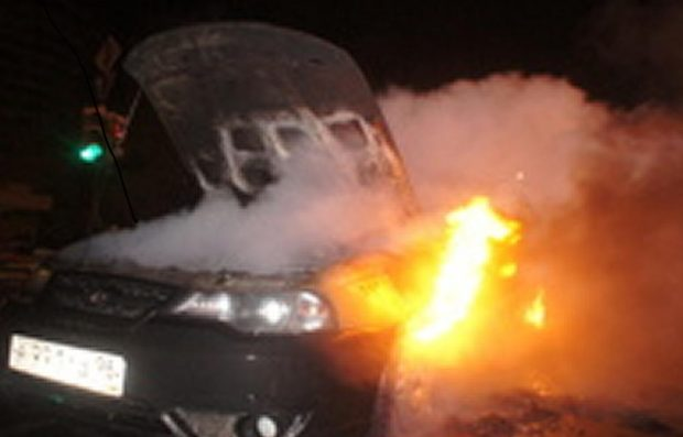горящее авто