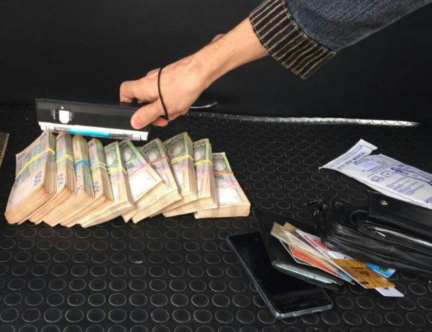 НаХарьковщине навзятке вполмиллиона погорел налоговик-вымогатель