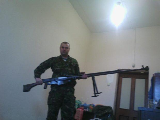 Ранее освобожденный Юрий Бобнев в рядах террористов
