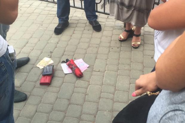 НаХарьковщине следователь Нацполиции «погорел» навзятке