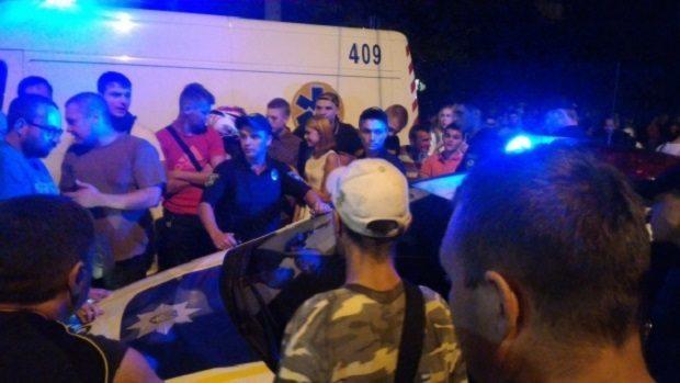 столкновения с полицией