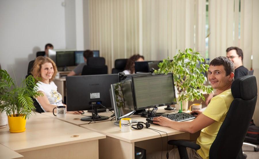 работа удаленно программист украина