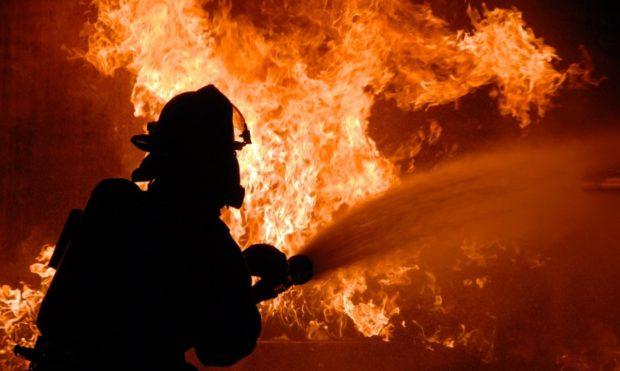 firefighter-848346_1280-1085x650x11
