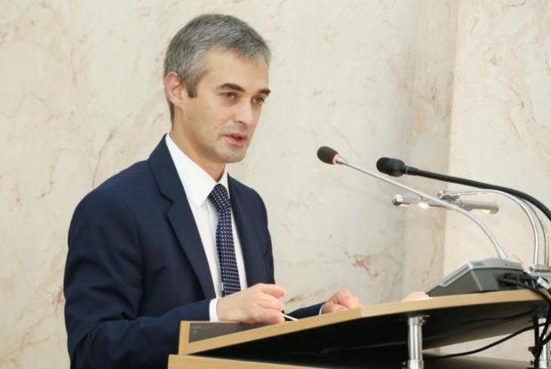 Александр Лукашов