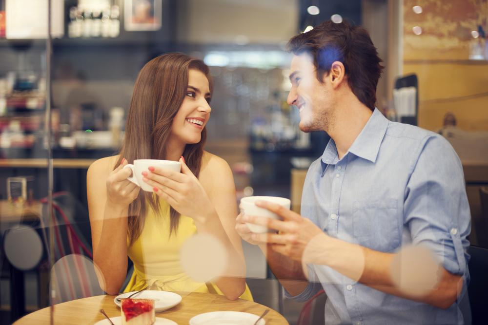 Знакомства с девушкой в кафе