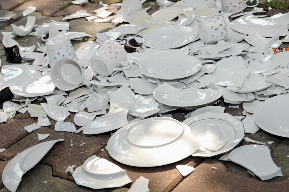 посуды фото кухне разбитой на