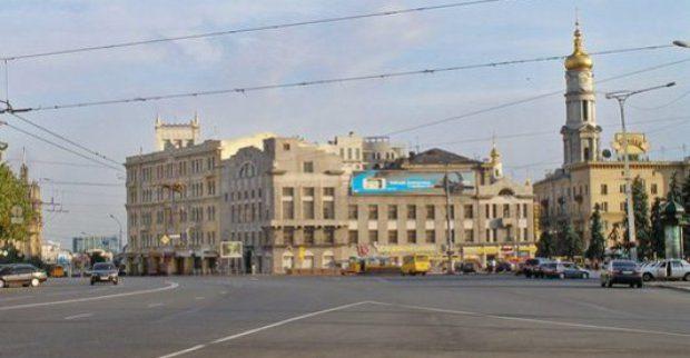 движение, центр Харькова, транспорт, крестный ход