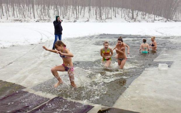 Для тех, кто решился: где в Харькове окунуться в прорубь на Крещение фото 2