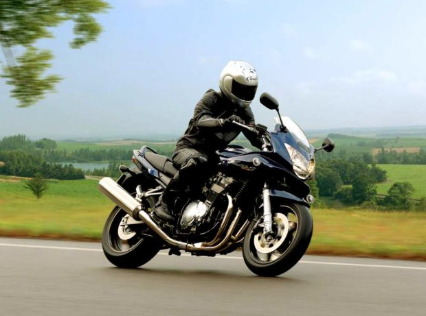 Мотоцикл, езда