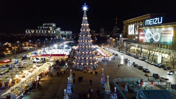 Площадь в Харькове Новый год 2017-2018