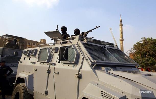 Руководитель  Египта продлил режим чрезвычайного положения вгосударстве