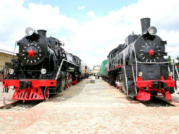 Площадка с поездами в музее ЮЖД