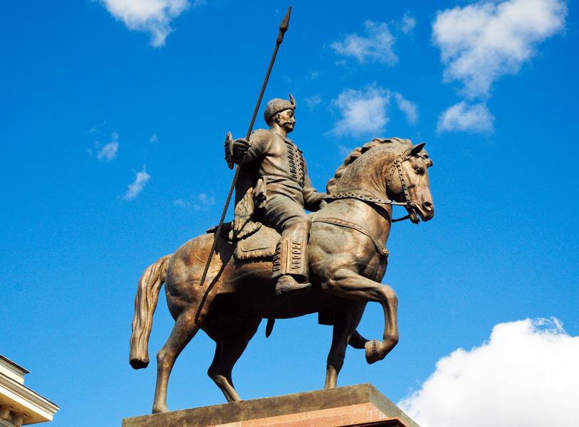 Памятник казаку Харьку
