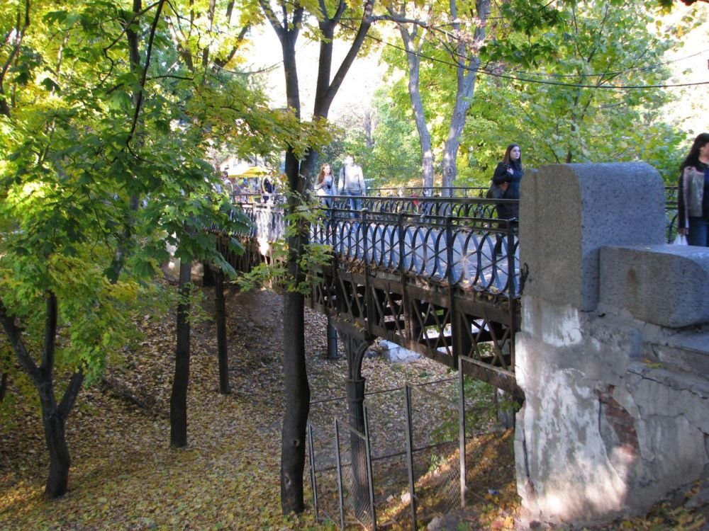 Люсин мостик