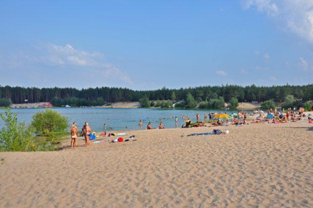Пляж на Безлюдовке