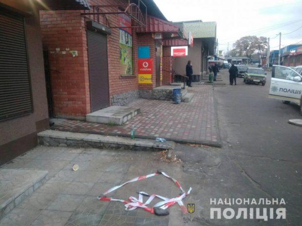 Под Харьковом незнакомец ранил парня ножом