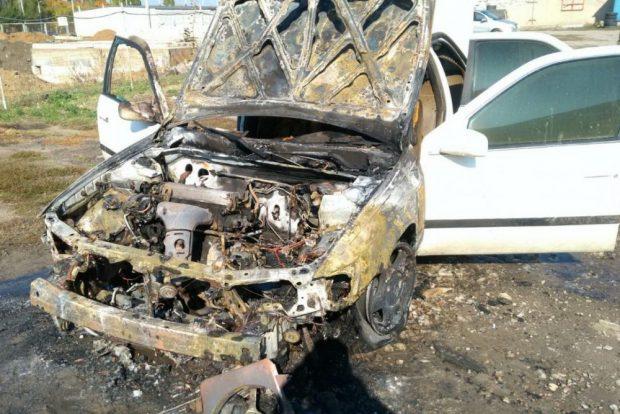 В Харькове при запуске двигателя загорелась «Toyota Camry»