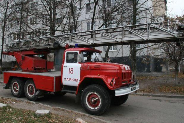 На Салтовке горела квартира: мужчина получил 60% ожогов тела