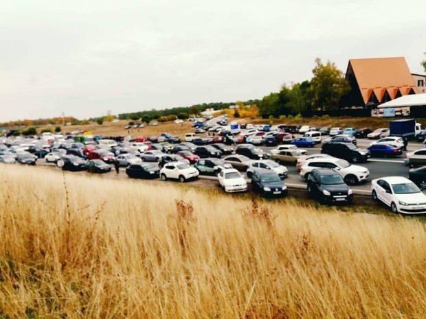 У Фельдмана извинились за транспортный коллапс на подъездах к Экопарку