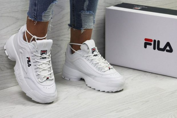 Белые женские кроссовки Fila