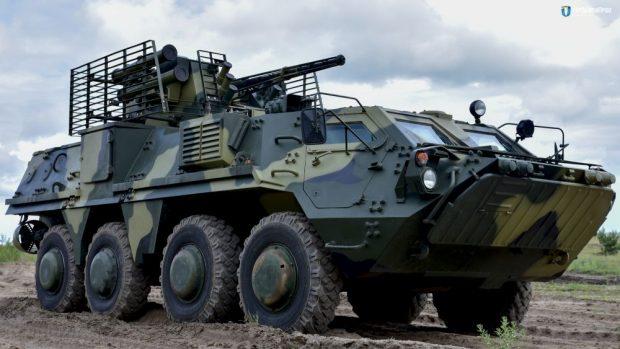 Харьковские конструкторы передали армии семь БТР-4 с новой украинской бронестали