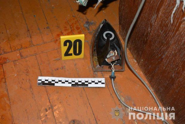В Харькове из-за ссоры племянник избил дядю палкой и утюгом: мужчина умер на месте
