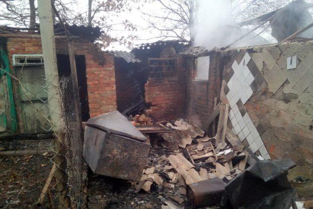 На пожаре под Харьковом обнаружили тело пожилого мужчины